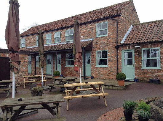 Green Hammerton, UK: Rooms 1 - 5 from pub