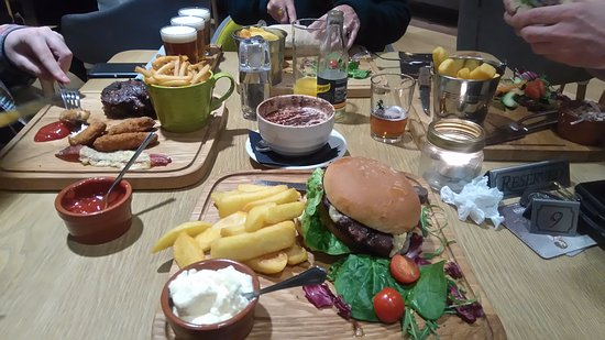 Stockport, UK: Food in the restaurant/visitor centre