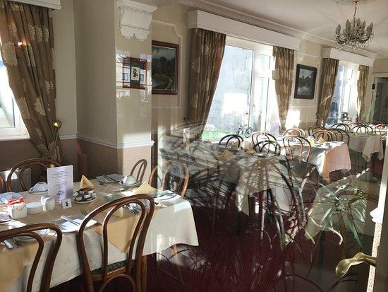 Castlelodge Guesthouse: breakfast room