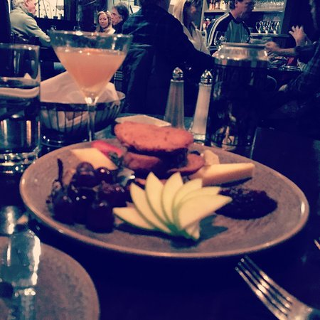 Whip Bar & Grill : Artisanal Cheese plate with the signature grapefruit martini