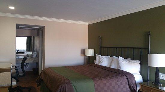 Cottonwood, AZ: New  Remodel  2017 - 1 King Bed
