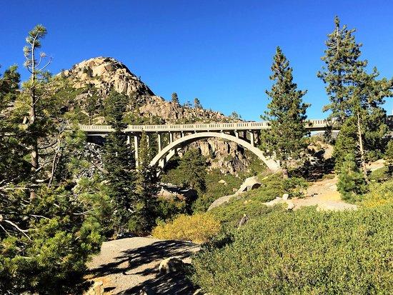 Truckee, Californië: Historic Bridge outside Donner Lake
