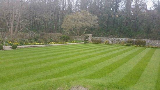 Alfriston, UK: Lawn