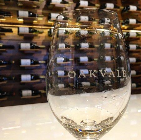 Oakvale Wines : photo1.jpg