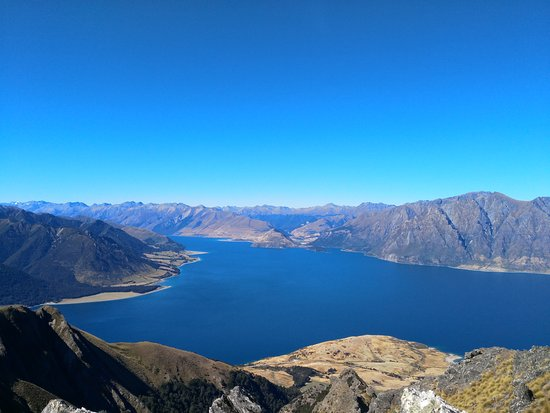 Lake Hawea, New Zealand: View from Isthmus Peak