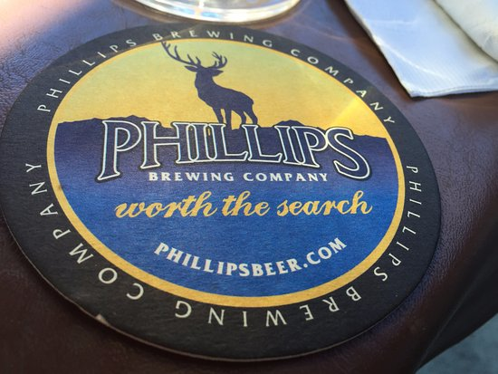 Phillips Brewing Company, Crofton Hotel,1534 Joan Avenue, Crofton, British Columbia