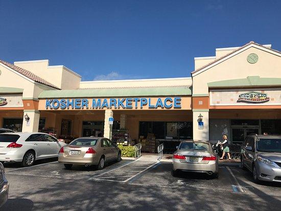The grove kosher market boca raton restaurant reviews for Fish restaurants in boca raton