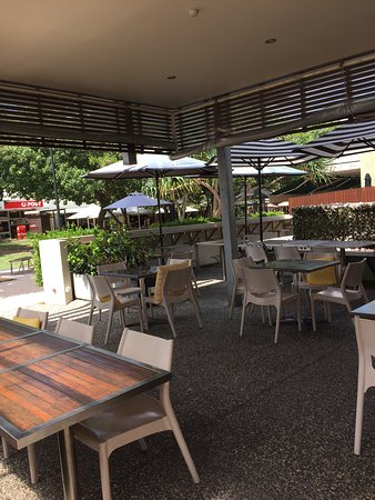 Peregian Beach, Australia: inside dining