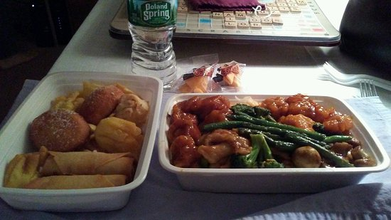 Etters, Pensilvania: I LOVE doing take-out from their buffet! That way I never over eat...this is 3 meals for me!