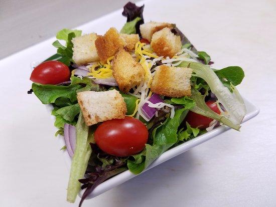 Aurora, IL: Side House Salad
