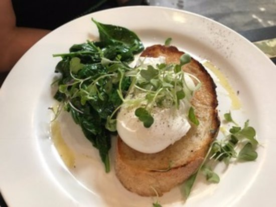Mitcham, Australia: Eggs and spinach