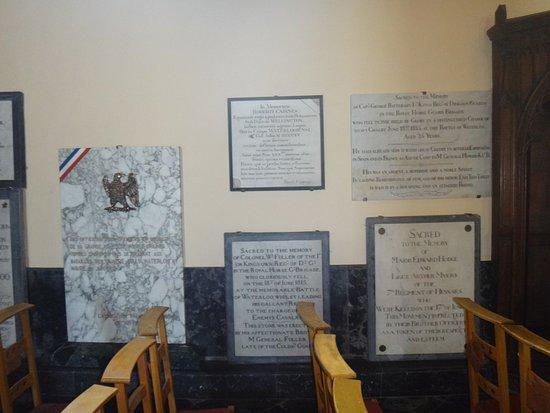 Waterloo, Bélgica: Tablice pamięci.