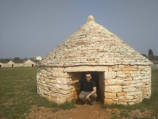 Vodnjan, Kroasia: Kažun