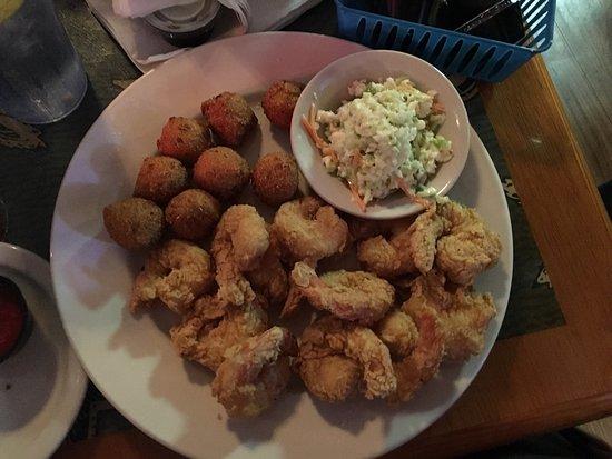 Steamers Clam Bar & Grill: photo2.jpg