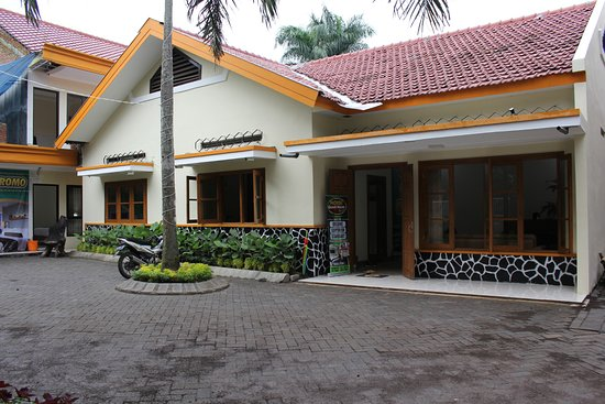 Morse Guesthouse 8 1 3 Prices Guest House Reviews Malang Indonesia Tripadvisor
