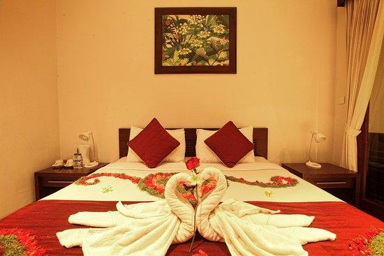 Nyoman Karsa Bungalows: bedroom