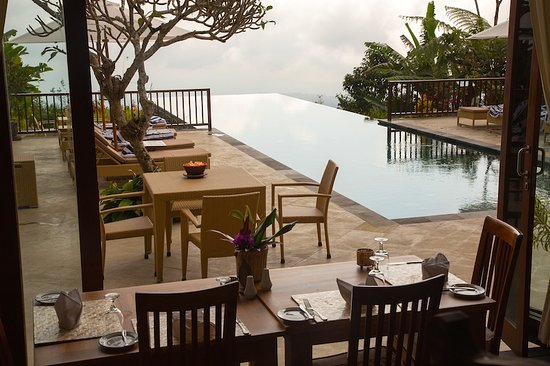 Gobleg, Indonesia: Pool at breakfast time