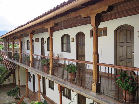 Hotel Patio del Malinche: the upper floor