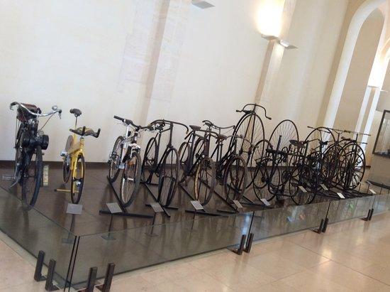 Photo of Science Museum Musee des Arts et Metiers at 60, Rue Réaumur, Paris 75003, France