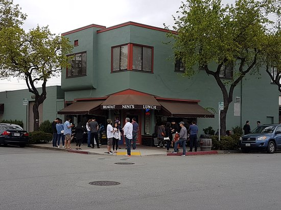 Photo of American Restaurant Nini's Coffee Shop at 1000 N Idaho St, San Mateo, CA 94401, United States