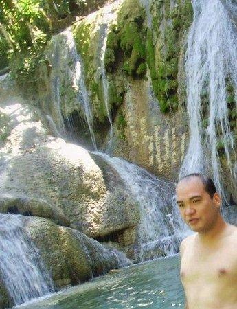 Jagna, Filippijnen: showing off