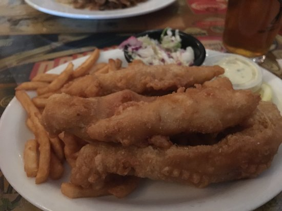 3 Rivers Eatery & Brewhouse: great fish and chips