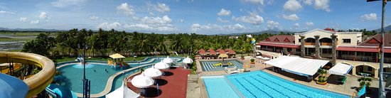 Macagang Business Center Hotel & Resort: Resort view from the third highest water slide.