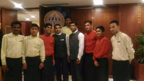 Fortune Select JP Cosmos: Birthday Celebration service delivery team