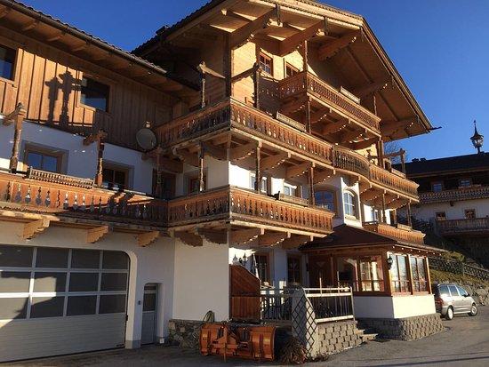 Bramberg am Wildkogel, Austria: Wunderschönes Haus mit toller Lage und Blick!