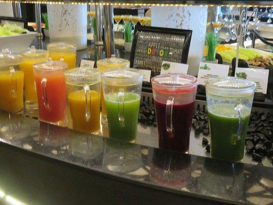 Sofitel Abu Dhabi Corniche: great juice selection