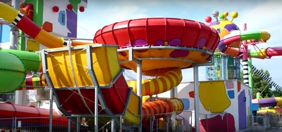 Weinheim, Niemcy: Miramar has some seriously fun slides - especially on the FKK nights !