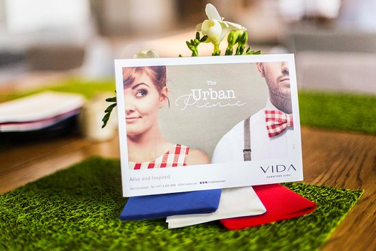 Vida Downtown: Urban Picnic Friday brunch, from AED 295 with unlimited drinks