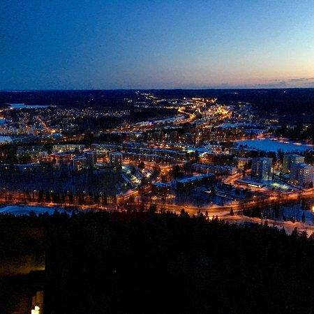 Kuopio, Finlandia: Ilta maisemat Puijon Tornista