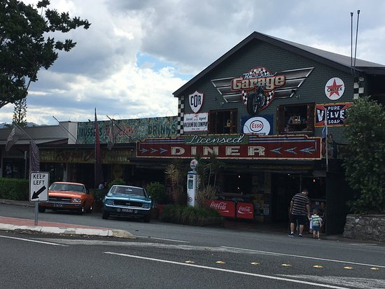Palmwoods, Australia: Ricks Garage - Palmswood Qld
