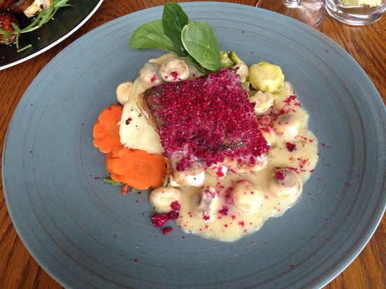 Sandbach, UK: Baked cod with beetroot