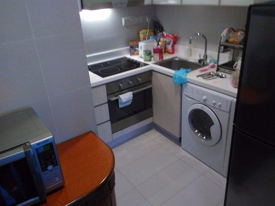 Park Avenue Clemenceau: Notre grand appartement de 68 m2