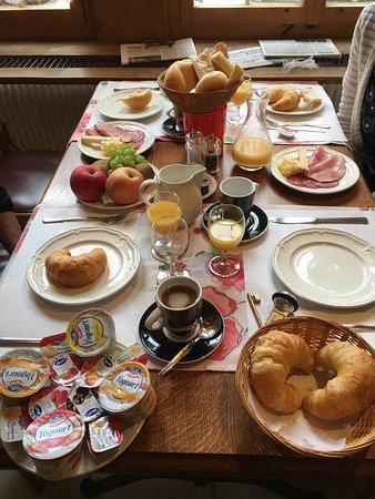 Hotel de la Demi-Lune: Frühstück: Im la Demi-Lune