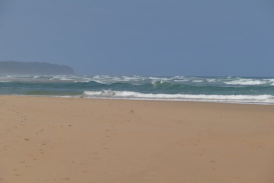 Wilderness, Sudáfrica: Looking east waves