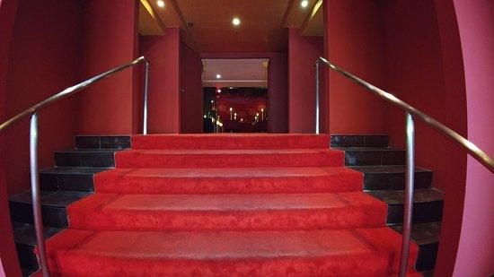 Santa Grand Hotel Bugis: Entrance