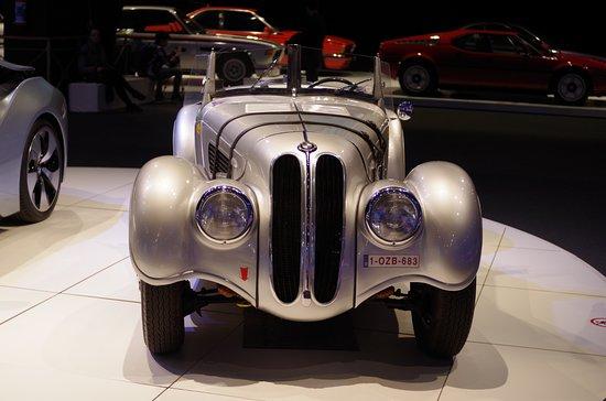 Autoworld: BMW и полвека назад BMW!
