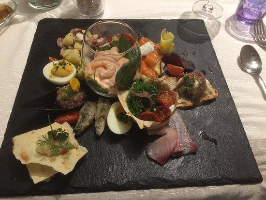 Trevi, Italy: Antipastone di pesce
