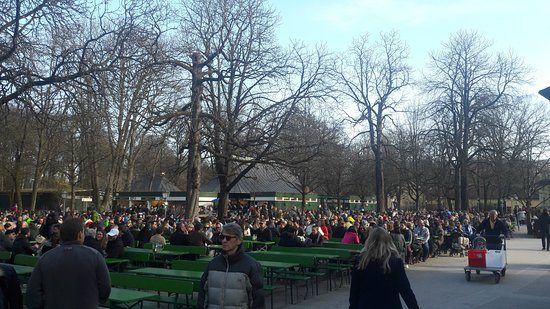 Photo of Tourist Attraction Biergarten am Chinesischen Turm at Englischer Garten 3, Munich 80538, Germany