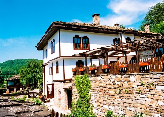 Parlapanova guest house see reviews price comparison and for Guest house cost
