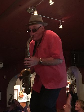 Johnny Hooper's Saxophone Bistro: photo3.jpg