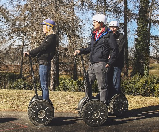 ‪SEGWAY EXPERIENCE: Segway and E-Scooter Tours‬
