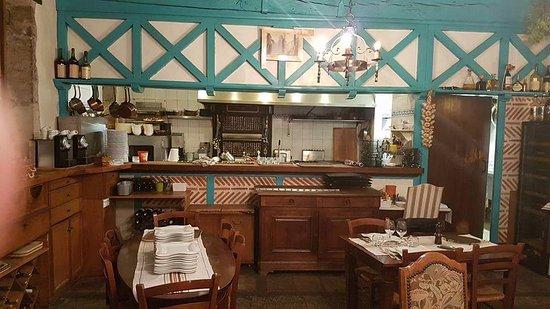 restaurant c t rotisserie photo de la r tisserie du roy l on bayonne tripadvisor. Black Bedroom Furniture Sets. Home Design Ideas
