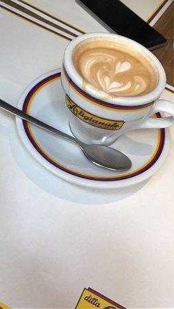 Photo of Italian Restaurant Ditta Artigianale at Via Dei Neri 32, Florence 50122, Italy