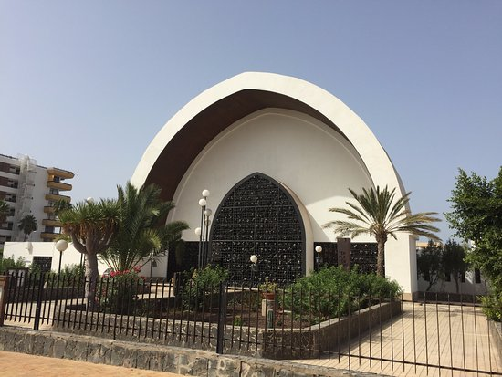 Templo Ecumenico de San Salvador : buiten