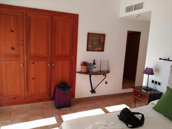 Moscari, España: IMG_20170318_161401_large.jpg