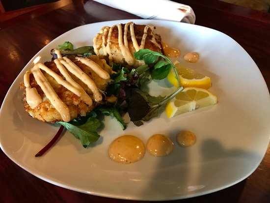 Guilford, CT: Maryland style Crab Cakes